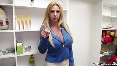 Aroused mature mom wants sperm on those fine breast