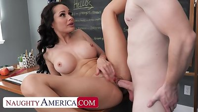 Naughty America: Hot Russian teacher, Specs Rush, drains her student's codswallop on PornHD