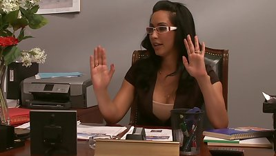 Slutty secretary gets cum in excess of tits after a blowjob - Isis Be in love with
