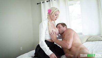 fine blonde MILF works her fine in a catch morning
