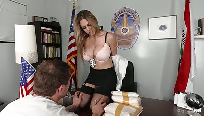 Tanned beauty Rachel Roxxx flashes irritant and gives sensual blowjob