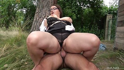 Big lady gets boned complying outdoors for ages c in depth a fat thong clings to the brush body