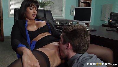 Matured brunette pornstar Mercedes Carrera in stockings enjoys sex