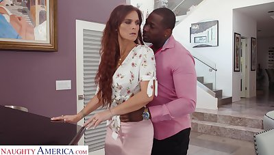 Wondrous lady with awesome huge booty Syren De Mer loves riding BBC