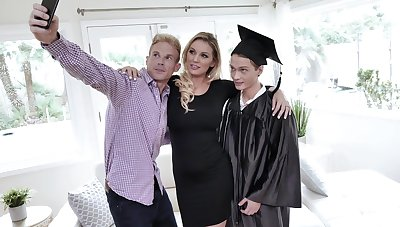 Seductive milf Kenzie Taylor is fucked hard at the end of one's tether graduated stepson