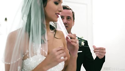 Cock hungry bride Bella Rolland gets fucked by his best man
