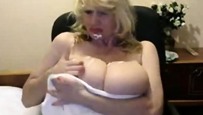 Russian mature bazaar with broad in the beam tits