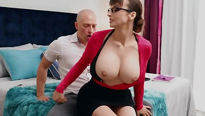 Nerdy MILF take big tits thinks sex is dramatize expunge best therapy for stud