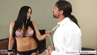 Drop dead gorgeous milf Audrey Bitoni pleases her experienced lover Tommy